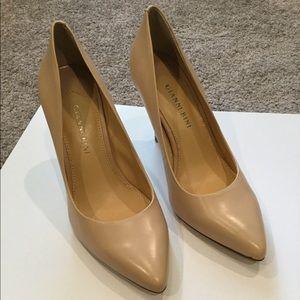 Gianni Bini Leather Heels.